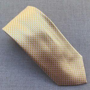 Paul Fredrick White Yellow Houndstooth Silk Tie